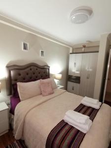 Cama o camas de una habitación en YONED'S APARTAMENTS