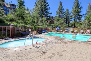The swimming pool at or near Sunstone 104