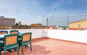 Four-Bedroom Holiday Home in Sant Pere Pescador