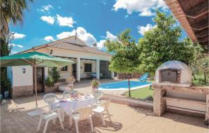 Three-Bedroom Holiday Home in Casariche