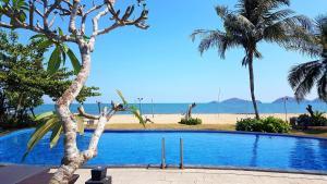 Luwansa Beach Hotel