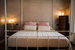 A bed or beds in a room at Apartment Barcelona Center