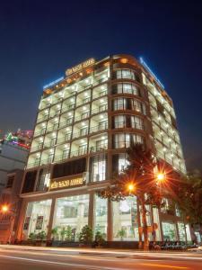 Cuu Long Hotel