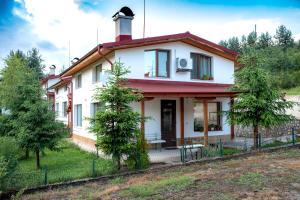 Къща за гости Краси