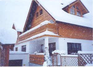 Appartementhaus Erasim v zimě