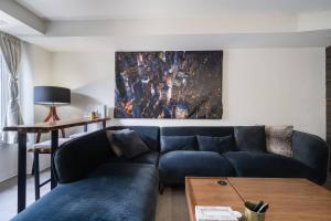 Bright and Gorgeous Loft Styled Suite in Downsview Park