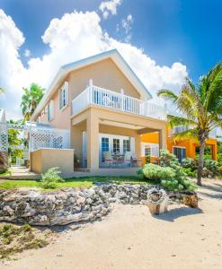 Mahogany Point 2 by Cayman Villas