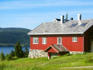 Four-Bedroom Holiday home in Follafoss
