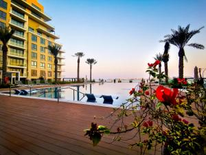 Breeze Private Apartment at Marassi Shores Residences 8th Floor Families only