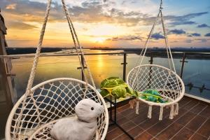 Country Garden Beach Suite by Nest Home at Danga Bay