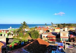 Casa El Ancla, Art and Nature near to the Beach LA HABANA