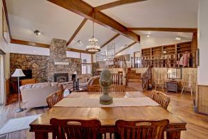 Colorado Wine Country Ranch, Weddings Welcome