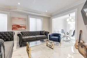 Luxury Adventure/walking distance to Rutherford Go station