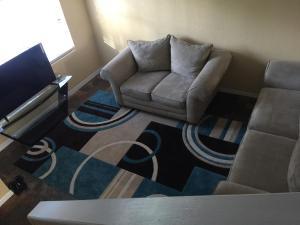 Rose gold Full 2b 2.5b apartment + loft