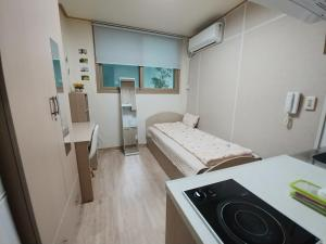 Hongdae Sinchon Yeonhui House B floor