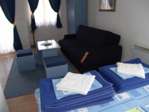 Blue Apartments & Suites