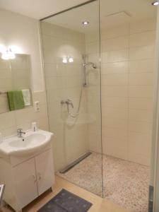 A bathroom at Haus 4 Holidays