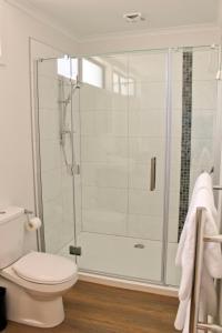 A bathroom at Braxmere