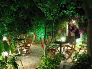 Εστιατόριο ή άλλο μέρος για φαγητό στο Eleftheria Studios