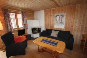 A seating area at Jotunheimen Adventure