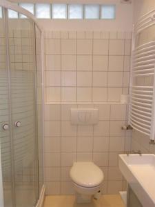 A bathroom at City Lodging Apartments