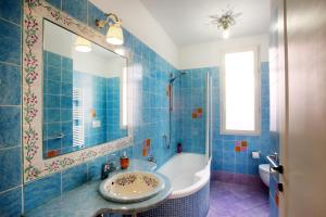 A bathroom at Villa Lucrezia