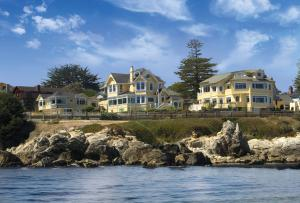 Seven Gables Inn Pacific Grove Ca Booking Com
