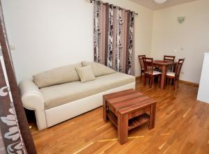 Apartments Rafailović Ljubo