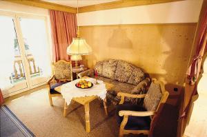 Ein Sitzbereich in der Unterkunft Landhaus Brigitte
