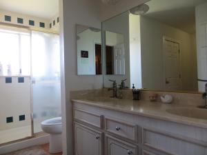 A bathroom at Vegas Oasis