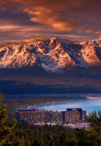 Harrahs Lake Tahoe