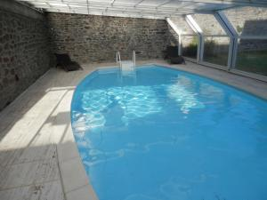 The swimming pool at or near Gîte Baie du Mont St-Michel - L'Ame du Gourmand