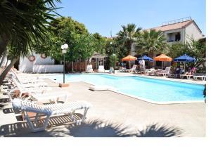 Miranta Hotel - Apartments & Studios
