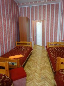 (Zolotaya Milya Hotel)