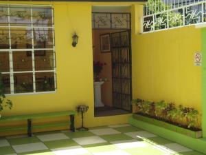 Hostal Petite Maison #1