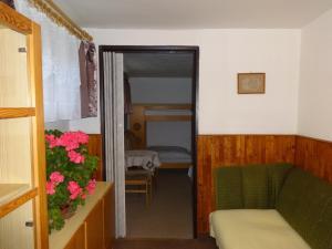 Palanda nebo palandy na pokoji v ubytování Apartmán - Dagmar