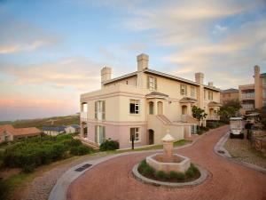 Pinnacle Point Beach & Golf - Penthouse & Villa