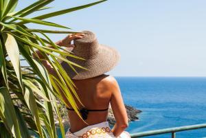 Le Terrazze Studio Apartments, Ustica, Italy - Booking.com