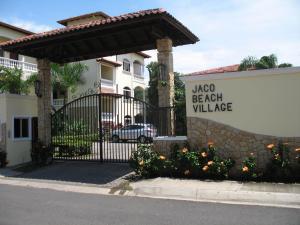 Jaco Beach Village