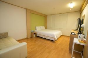 Busan Orange Hotel