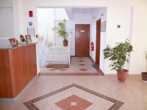 HotelApart Filoxenia tesisinde lobi veya resepsiyon alanı