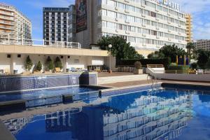 Apartamentos vi a del mar benidorm updated 2018 prices - Hotel avenida del puerto valencia ...