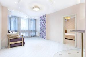 Zhulyany Apartment