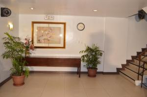 Hotel 878