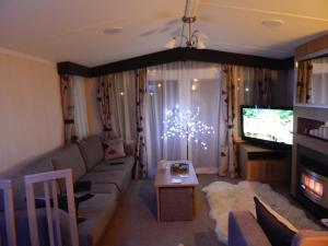 Presthaven Sands Holiday Park 3 and 2 Bed Platinum Caravan