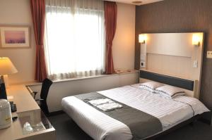 西沼津酒店 (Hotel West Numazu)