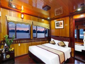 Golden Lotus Cruises