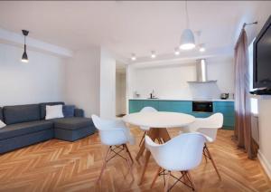(Harju Street Apartment)