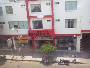 Hotel Cinera