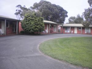Best Western Colonial Village Motel